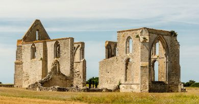 Puy-Leonard Legends-History-Traditions Poitou-Charentes