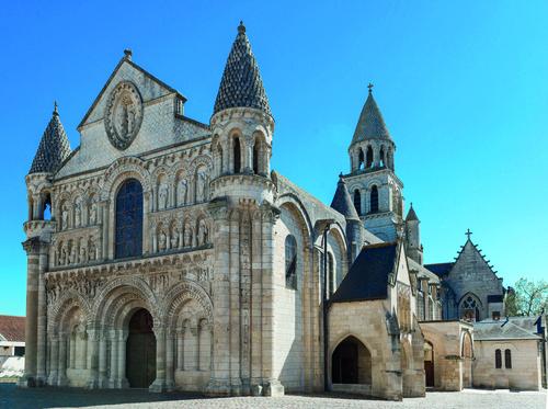 Eglise Notre Dame La Grande Puy Leonard High Quality Gite