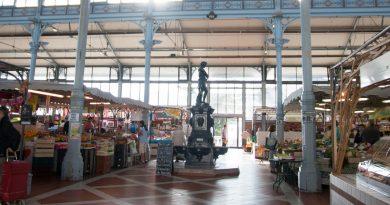 Puy-Leonard Charente Market