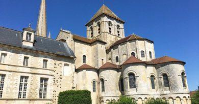 Puy-Leonard Poitou-Charentes-Saint-Savin-sur-Gartempe