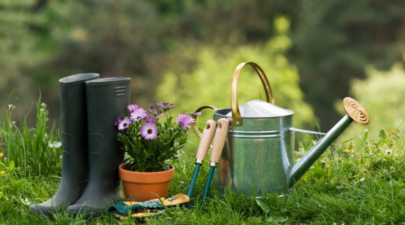 Puy-Leonard Gardening Tools